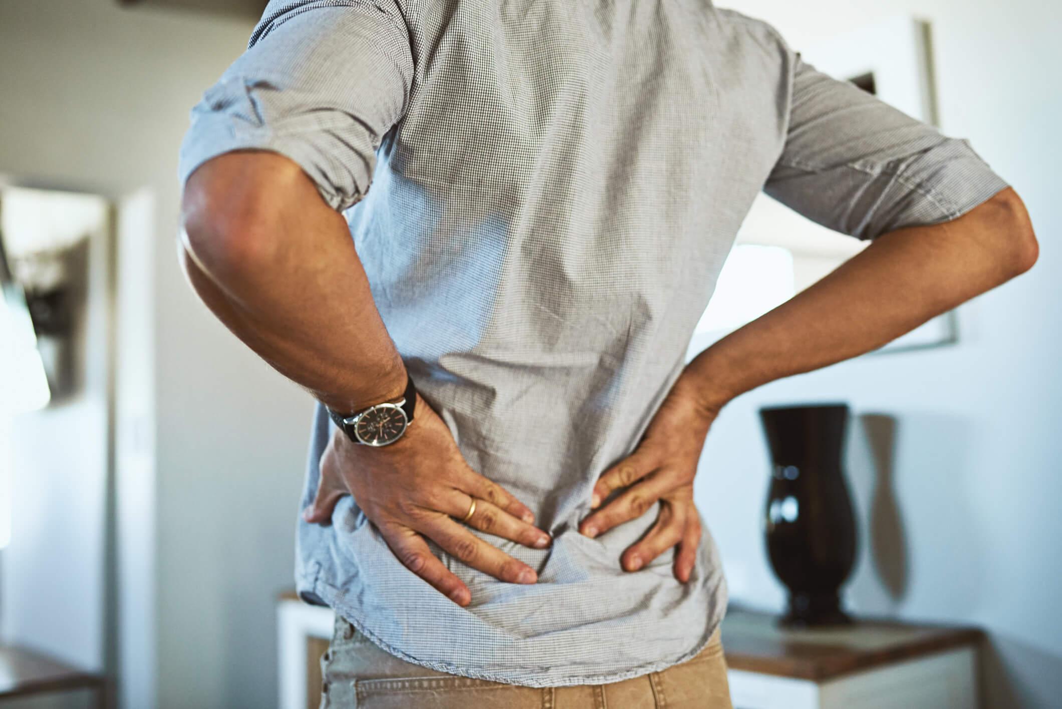 Dor na lombar: quais são as causas, sintomas e tratamentos?